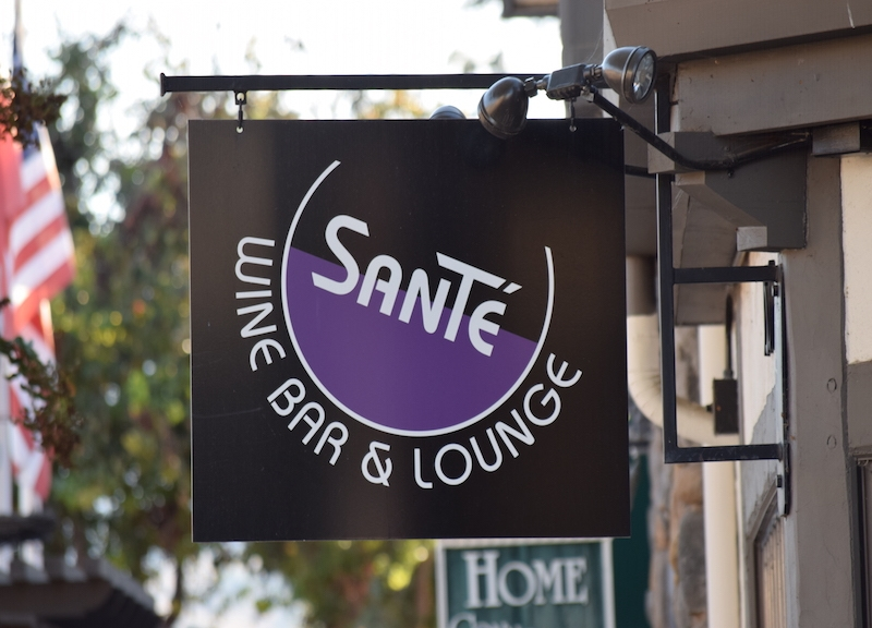 Sante Wine Bar & Lounge